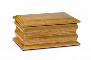 Carlisle Medium Oak Ashbox
